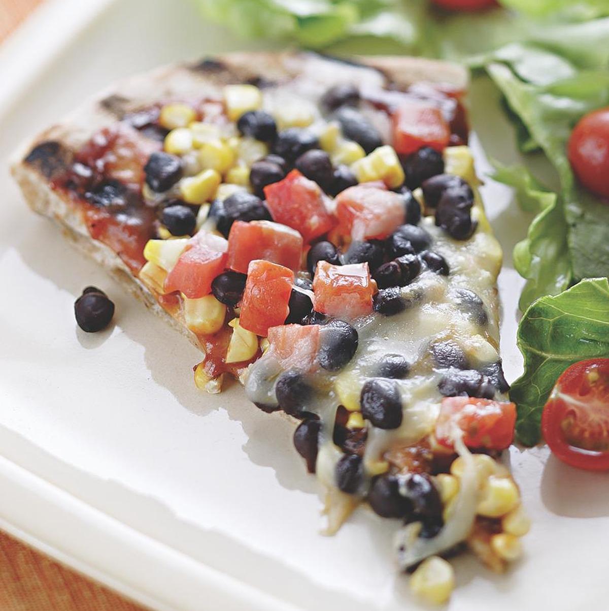 smoky corn and black bean pizza