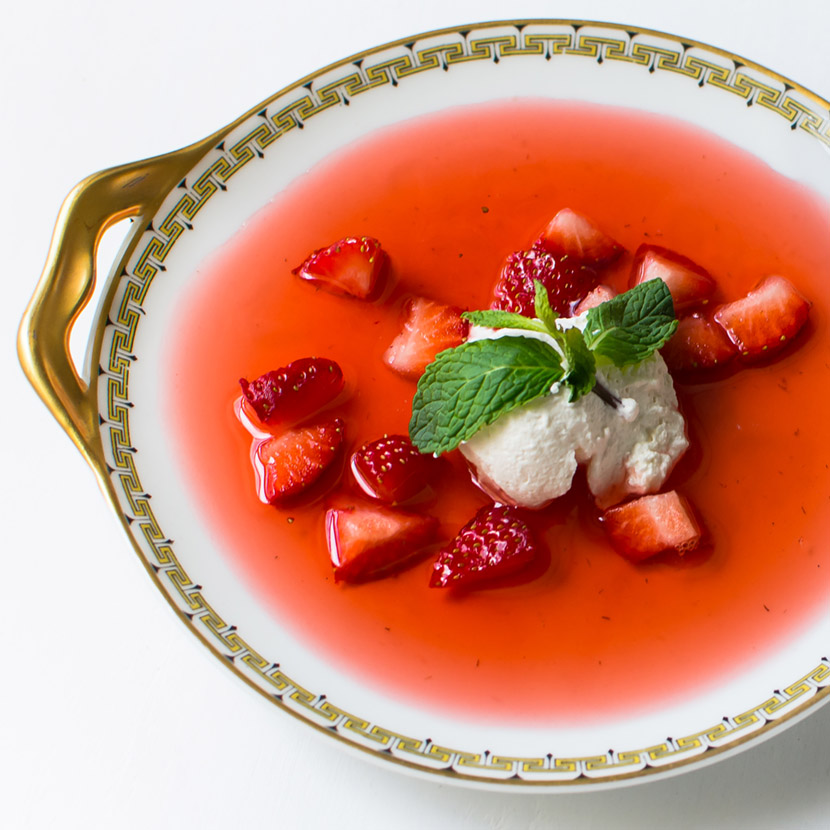 Strawberry  Feed Chilled Strawberry Soup (1 of 1)