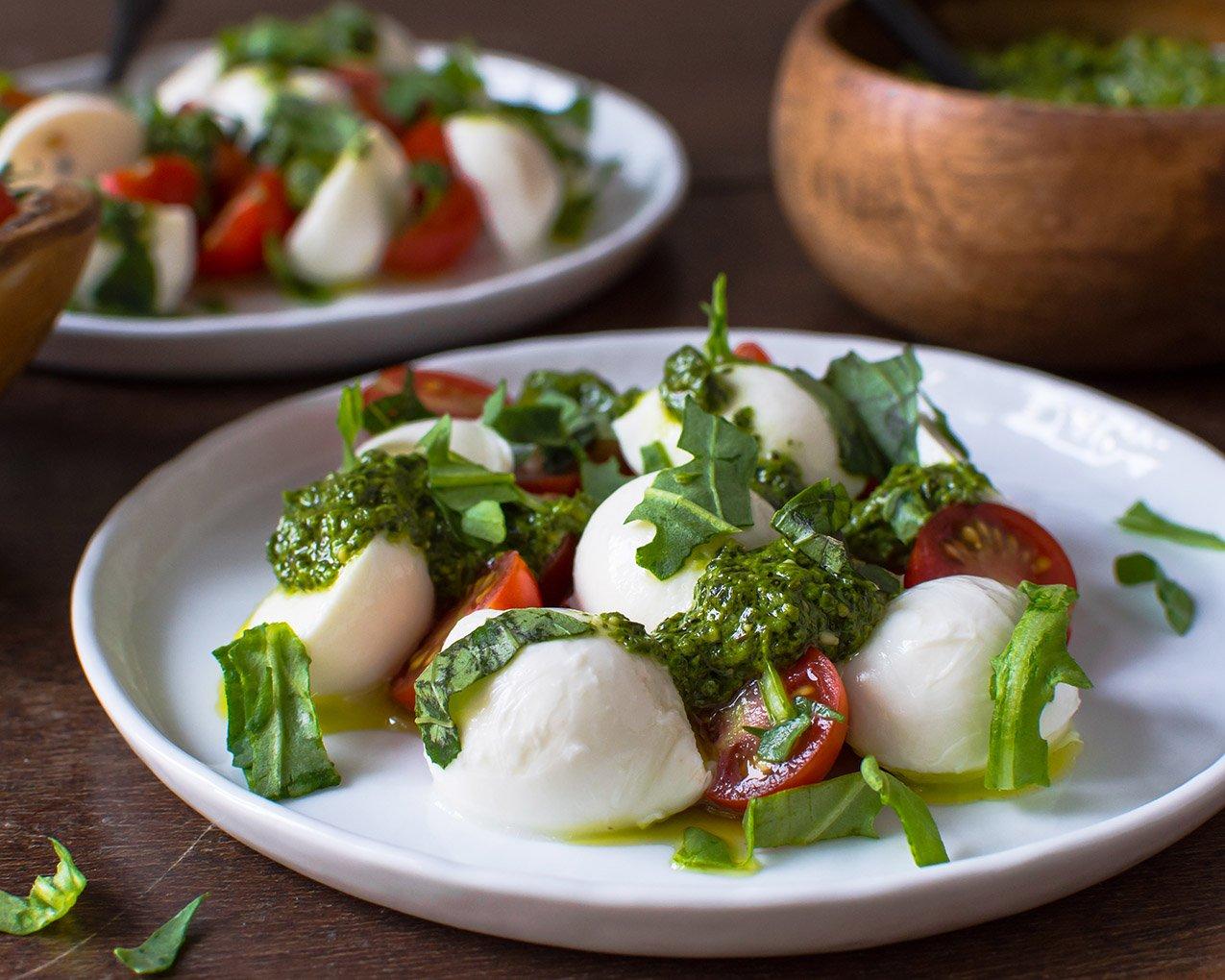 Tomato Mozzarella Salad 2 (1 of 1)