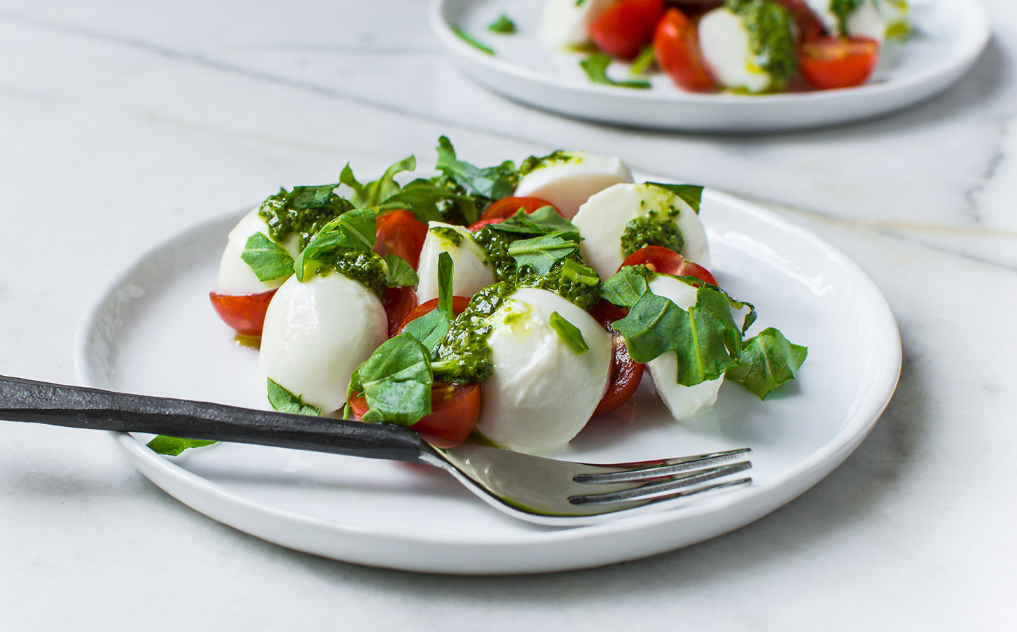 Tomato Mozzarella Salad 4 (1 of 1)